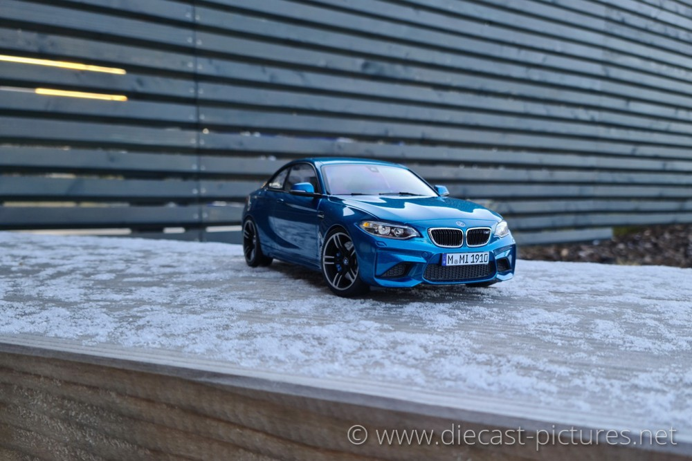 BMW M2 Coupe F87 Blue Minichamps 1:18