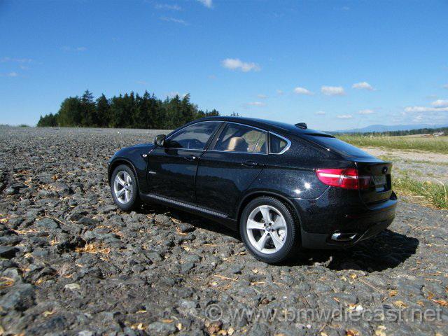 BMW X E Black Kyosho - Black bmw x6