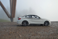 BMW M235i M Performance F32 White GT Spirit 1:18